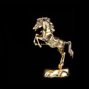 اسب برنزی کوچک