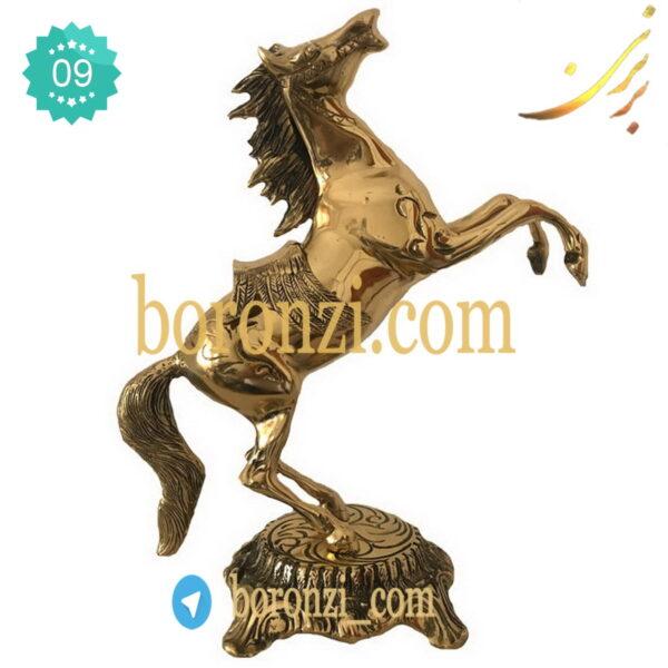 اسب برنزی پایه دار بزرگ