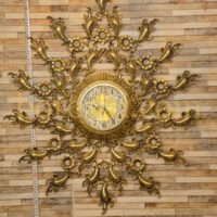 ساعت دیواری برنزی خورشیدی بزرگ