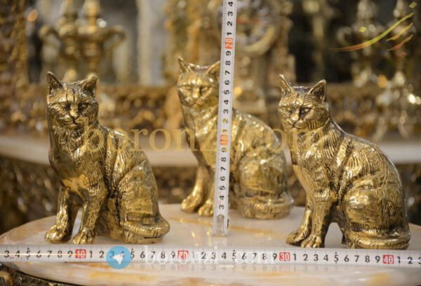 مجسمه گربه برنزی